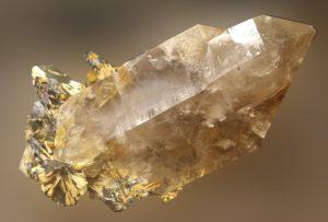 Freiberg, Terra mineralia, Quarz mit Rutil und Hämatit