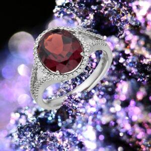 Glanz und Farbenpracht der Juwelen